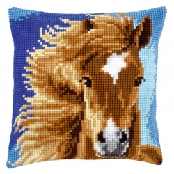 Brown Horse - Chunky Cross...