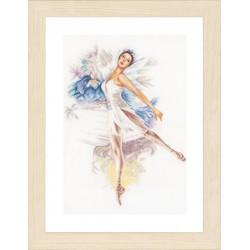 Ballerina (Linen) - Counted...