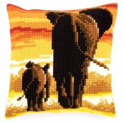 Elephants - Chunky Cross...